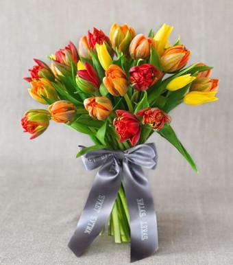 """Моно-букет из тюльпанов """"Амстердам"""""""